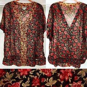 CONVERSE ONE STAR-Size XL-Sheer Floral Blouse